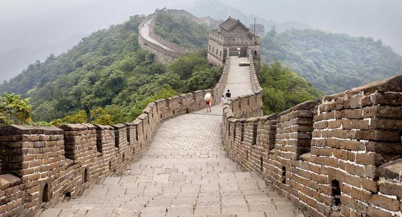 چه چیزی دیوار بزرگ چین را فوق العاده کرده؟