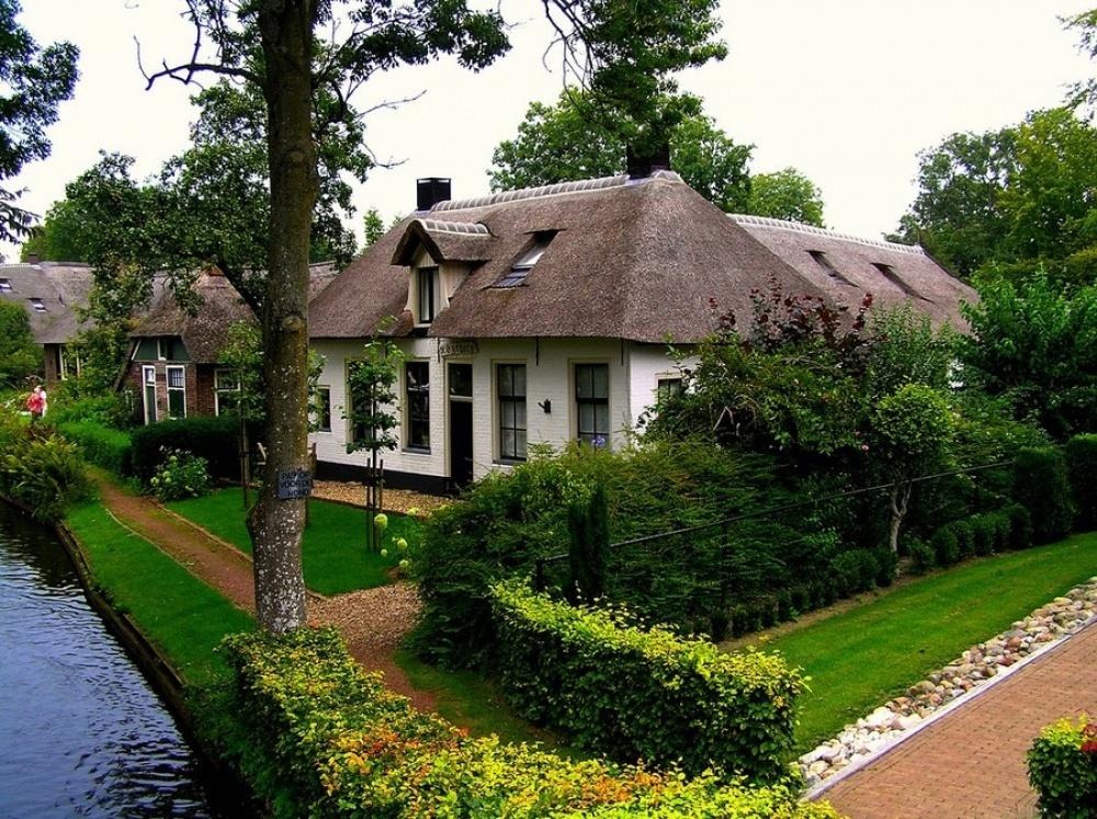 گیتورن، دهکده ای که ونیز هلند نامیده می شود