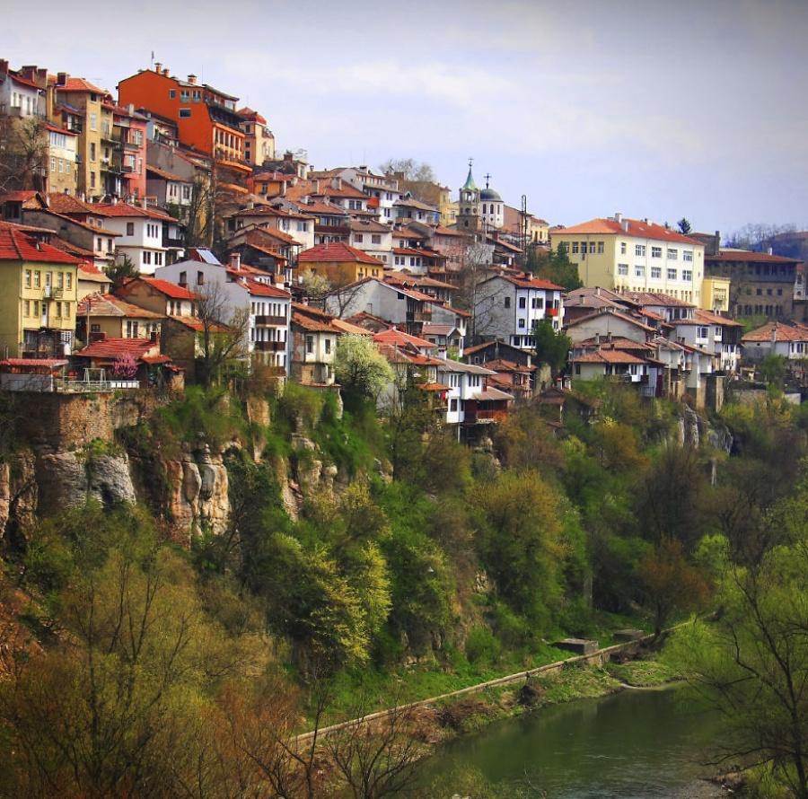 ولیکوتارناوو، بلغارستان