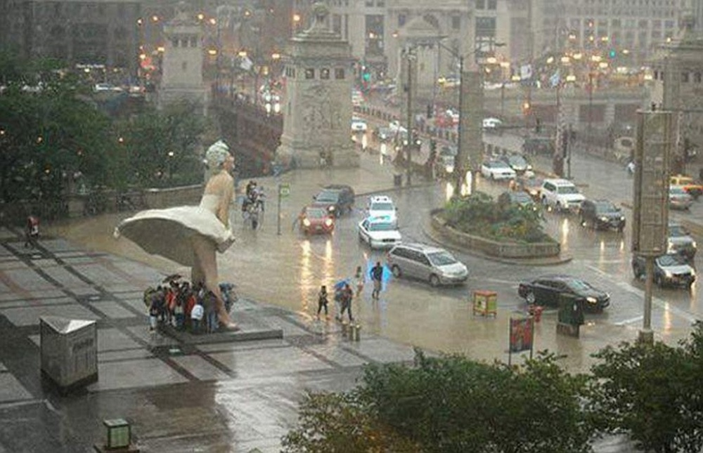 یک روز بارانی معمولی در شیکاگو،امریکا