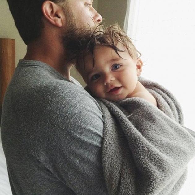 چقدر خوبی پدر