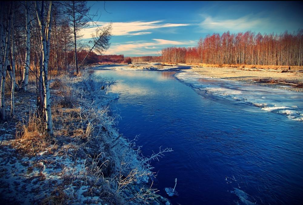 رودخانه خسن، منطقهی ماگادان،روسیه