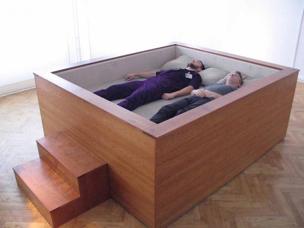 تخت خواب فوقالعاده