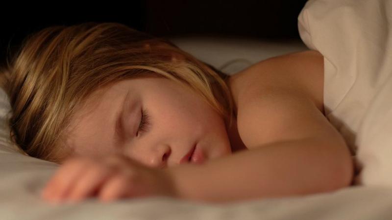 کمبود خواب کودکان در آینده آنها تاثیر منفی میگذارد