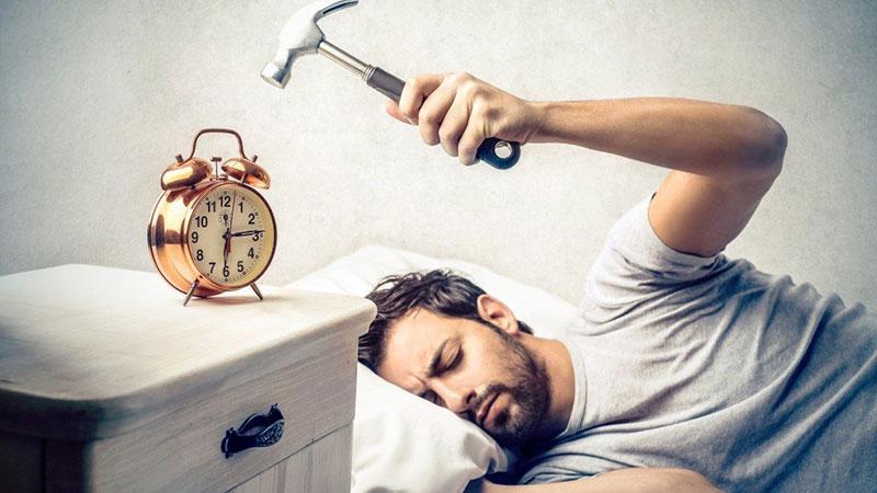چرا برخی با صبح زود بیدار شدن مشکل دارند؟