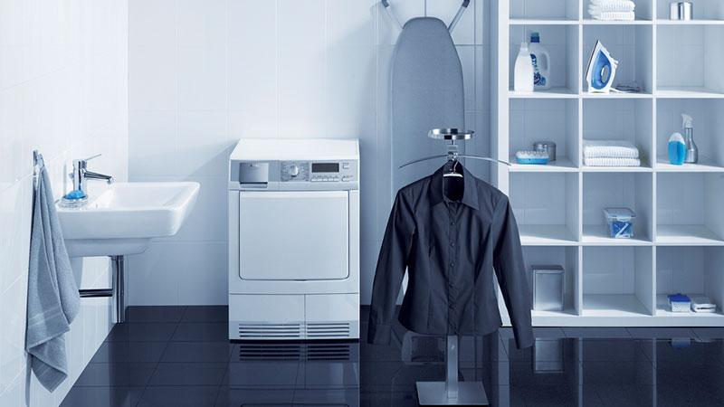 اگر لباسهایتان را با آب گرم میشوئید، این مطلب را بخوانید