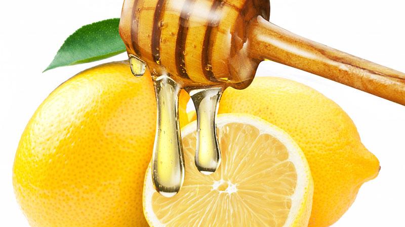 یک نوشیدنی معجزهآسا؛ لیمو و عسل و دیگر هیچ