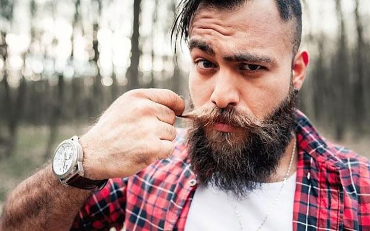 مردان با ریش کامل برای رابطه طولانیمدت جذابترند