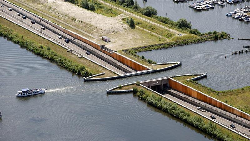 ساخت پلی که قوانین فیزیک را به چالش میکشد
