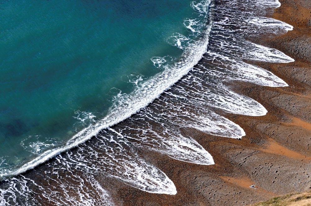 یک ساحل واقعا عجیب و غریب در بریتانیا.