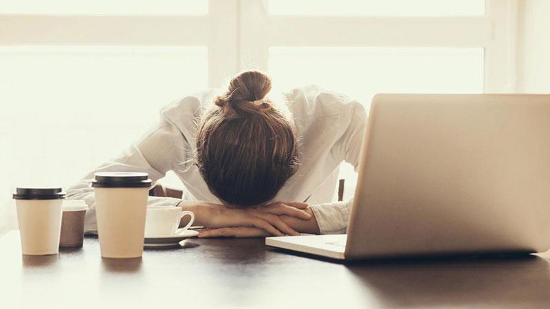 یک آزمایش ساده برای اینکه بفهمیم کمبود خواب داریم یا خیر؟