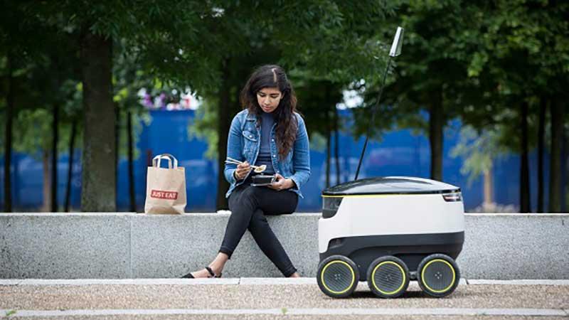 غذای خود را از روباتها تحویل بگیرید