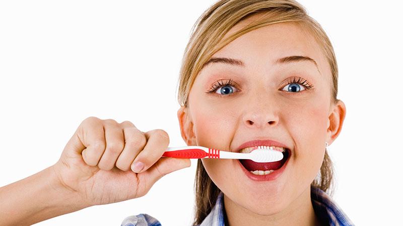 چگونه به بهترین شکل بهداشت دهان و دندان خود را حفظ کنیم؟