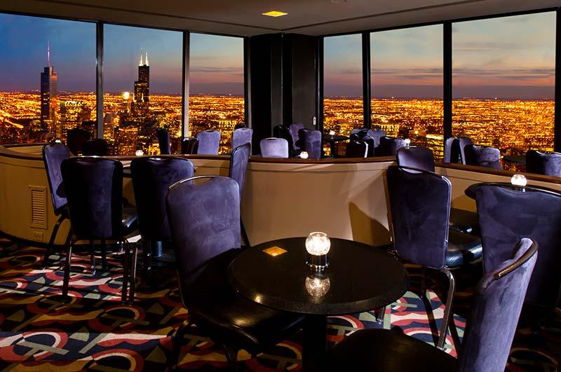 سیگنیچر روم (Signature Room) در طبقه ۹۵ در شیکاگو