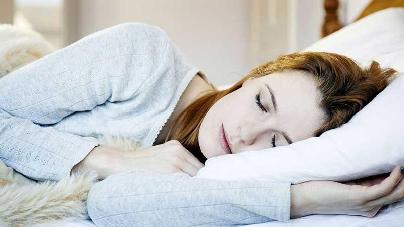 چرا باید به پهلوی چپ بخوابیم؟