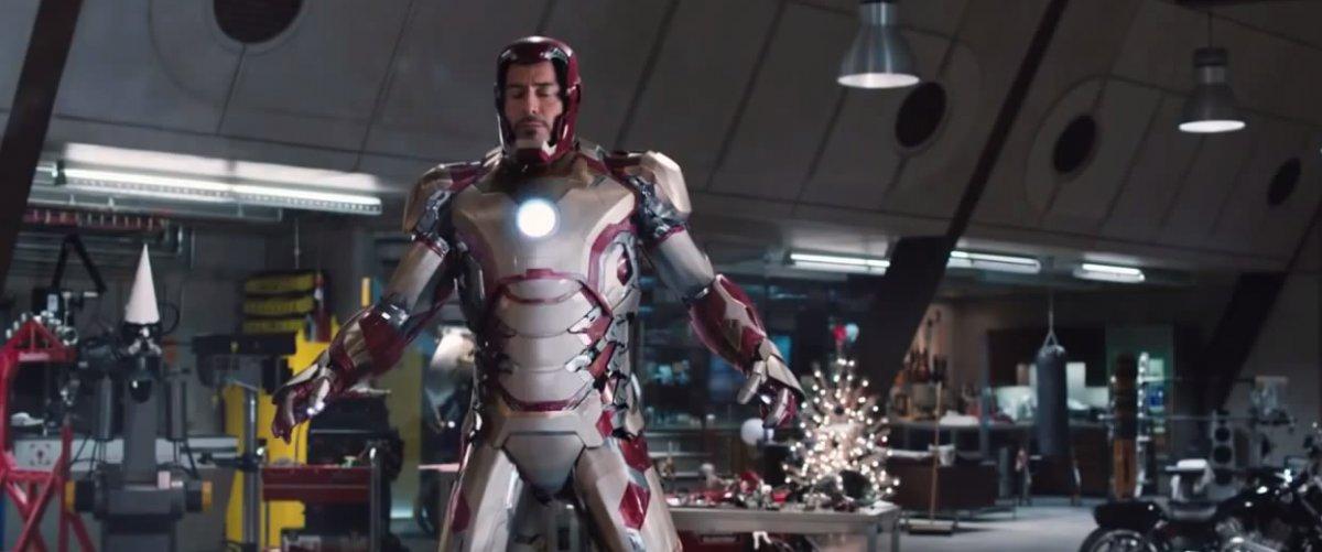 مرد آهنی   Iron Man