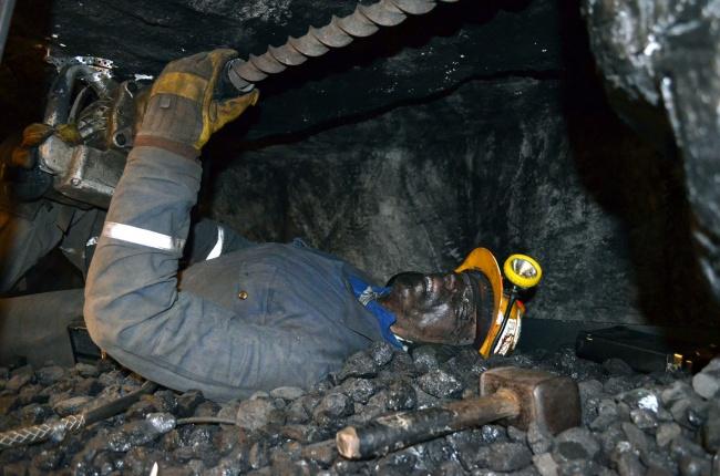 کار در معدن