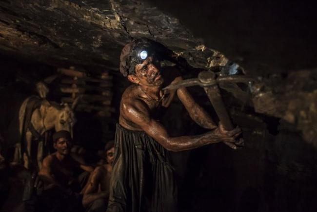 کار در معدن زغالسنگ در پاکستان
