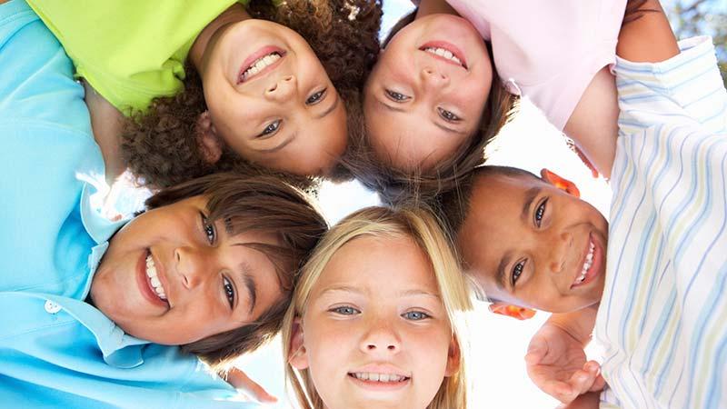 دختران در ۶سالگی خود را کماستعدادتر از پسران تصور میکنند