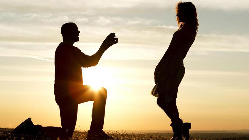زنان همسری را برای خود انتخاب میکنند که شبیه برادرشان باشد