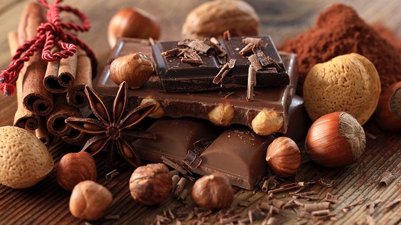 مصرف شکلات بیماریهای قلبی را کاهش میدهد